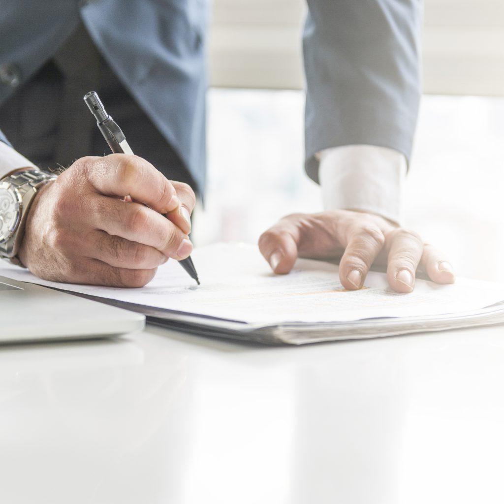 firma contratto fornitura