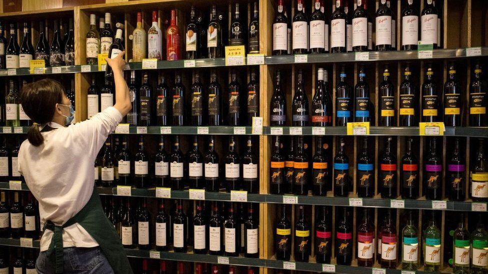 Vino Russia export - OBICONS